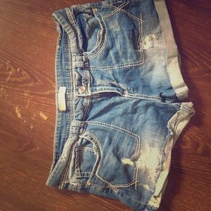 No Boundaries Shorts - Blue denim shorts
